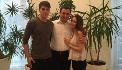 Prima poză cu fiica Angelei Gonța și a lui Vlad Filat!