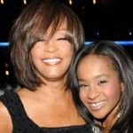Foto: Fiica regretatei Whitney Houston s-a trezit din comă!