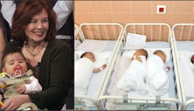 La 65 de ani, are 13 copii și este însărcinată cu cvadrupleți