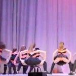 Foto: Dansul erotic al minorelor din Orenburg a scandalizat internetul!