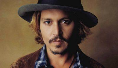 Johnny Depp, așa cum nu l-ai mai văzut! Cu chelie și multe kilograme în plus