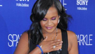 """Fiica lui Whitney Houston ,,s-a trezit"""" din comă"""