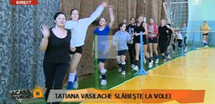 Foto: Tatiana Vasilache slăbeşte jucând volei!