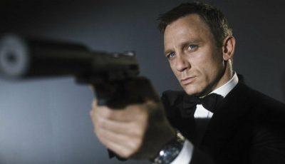Daniel Craig a primit cinci milioane pentru că a ținut în mână un telefon!