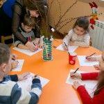 """Foto: La Centrul de dezvoltare """"Buburuza"""" fiecare copil este încurajat să își dezvolte creativitatea și să trăiască frumos vârsta"""