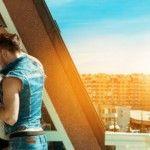 Foto: Cinci poziții pentru o partidă de sex la balcon!