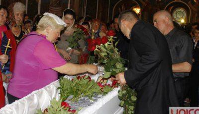 O Moldovă întreagă își ia rămas bun de la Ana Barbu