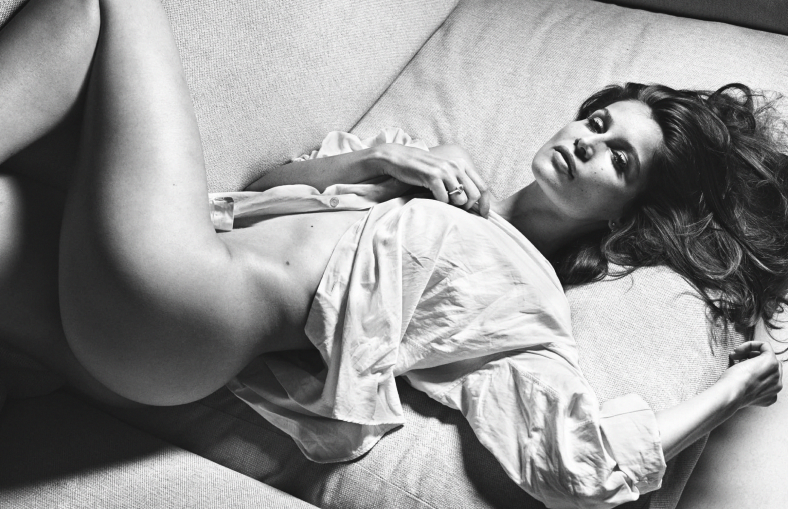 laetitia-casta-by-mario-sorrenti-for-lui-magazine-december-january-2014-2015-1