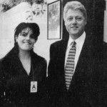 Foto: Un million pentru rochia pătată cu sperma lui Bill Clinton
