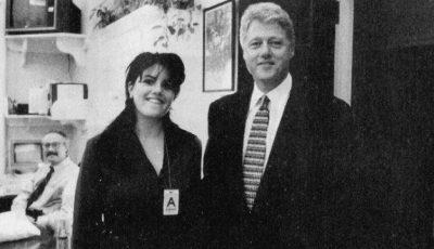 Un million pentru rochia pătată cu sperma lui Bill Clinton