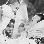 Foto: Poze de la botezul fetiţei Millei Jovovich!