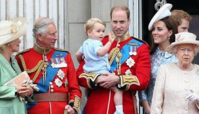 Prinţul George, la nici doi ani, criticat pentru gestul său…