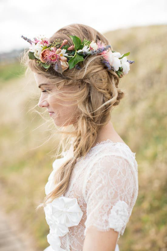 coroniţă din flori de câmp