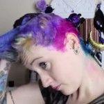 Foto: Și-a vopsit părul în diferite nuanțe! Rezultatul este spectaculos