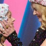 Foto: Nicole Kidman s-a sărutat pasional cu o blondă!