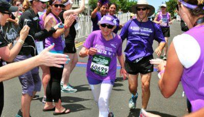 Are 92 de ani, suferă de cancer şi a reuşit să alerge un maraton de 41 de km. Vezi video!