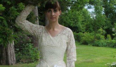 """S-au """"bătut"""" pentru această rochie de mireasă"""