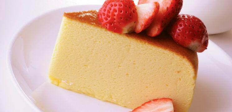 Foto: Un desert senzaţional – cheesecake japonez