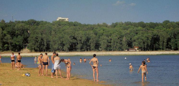 avertisment-evitati-scaldatul-in-lacurile-din-capitala