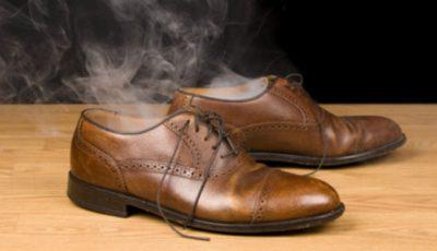 Ce spun oamenii de ştiinţă despre picioarele urât mirositoare