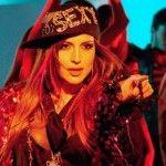 Foto: Jasmin motiv de inspirație vestimentară pentru Madona?