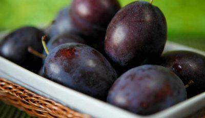 Prunele – bune pentru anemici, benefice în sarcină