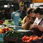 Foto: Statul ne otrăvește! Fructele și legumele îmbâcsite cu nitrați dețin certificate de inofensivitate