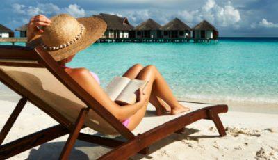 10 cărți pe care să le citești vara aceasta!