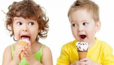 Avertisment al Protecției Consumatorilor: Înghețata conține aditivi alimentari care pot produce cancer, diabet, boli hepatice
