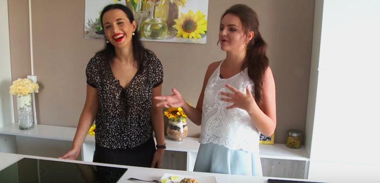 Foto: Diana Grigor și Doina Sulac și-au demonstrat imaginația și priceperea la bucătărie. Vezi ce au gătit interpretele