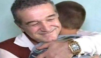 """Cum s-a schimbat viața copilului """"înfiat"""" de Gigi Becali"""