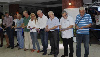 S-a deschis un club de tenis în Capitală!
