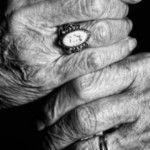 Foto: Exemplu de curaj! S-a înscris la facultate la 87 de ani