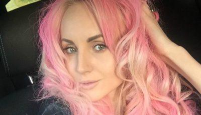 Kătălina Rusu și-a făcut părul roz!