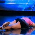 """Foto: """"Barbie de România"""" a leșinat în scena de la X Factor"""