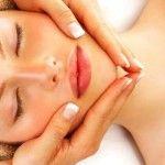 Foto: 47% reducere pentru masaj facial!