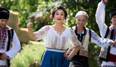 Corina Țepeș a pregătit 15 surprize pentru fanii ei! Nicolae Botgros a ajutat-o!