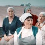 """Foto: Muncitorii cântă """"Show must go on"""". Un nou spot de promovare a fructelor din Moldova!"""