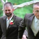 Foto: FOTO! Gestul unui tată la nunta fiicei sale i-a făcut pe invitați să plângă