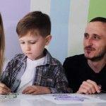 """Foto: Mihai Stratulat: """"Am ratat nașterea lui Petrică, tocmai îi pregăteam masa pentru examinare!"""""""
