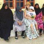 Foto: Anfisa Cehova, alături de noile prietene din Maldive!