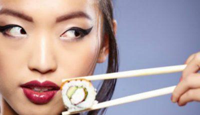 Ce mănâncă japonezele de nu îmbătrânesc și nu se îngrașă?