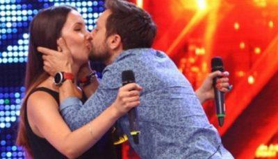 O tânără din Drochia, cerută în căsătorie de prezentatorul X Factor România în direct!  VIDEO