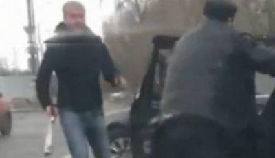 """Svetlakov din """"Nasha Rusia"""" s-a răzbunat pe şoferul unui Mercedes"""