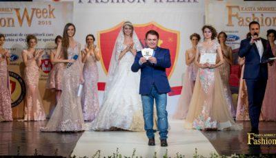 Rochii cu diamante pe podiumul Kasta Morrely Fashion Week