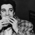 Foto: Cum arată un sandviș de 8000 de calorii! Elvis Presley a zburat 1200 de kilometri pentru a-l savura