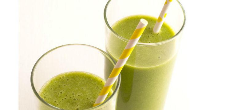 Foto: Sucul verde care te scapă de grăsimea abdominală!