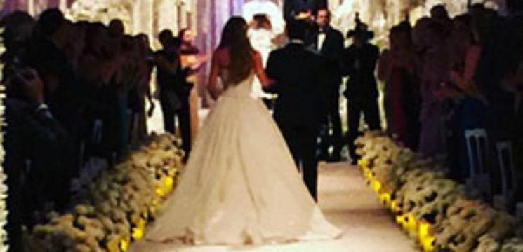 Foto: Cea mai plătită actiță de televiziune s-a măritat!