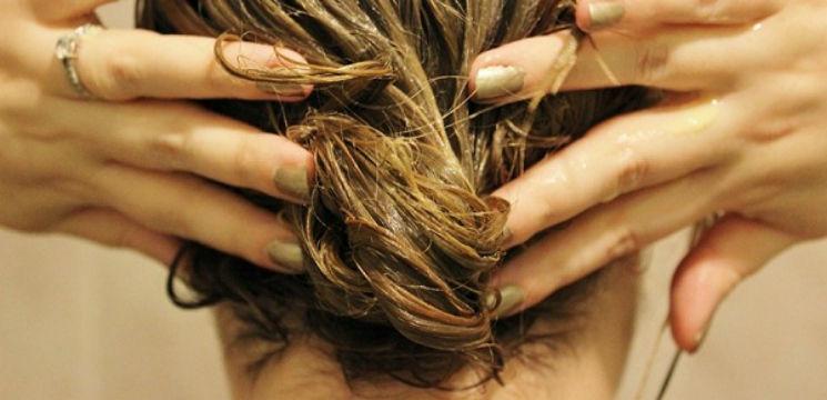 Foto: Masca care accelerează creșterea părului!