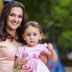 """Foto: Sorina Obreja, despre fiica Emilia: """"O învăţ să se mulţumească şi cu lucruri modeste"""""""
